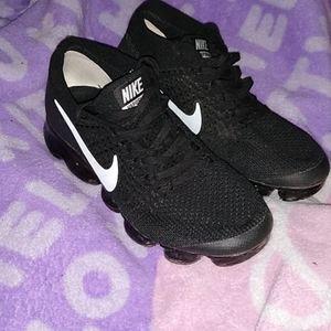 Nike Flyknit VaporMax